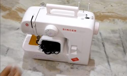 Produk-Produk Mesin Jahit Mini Singer